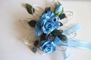 ブルーのお花で!